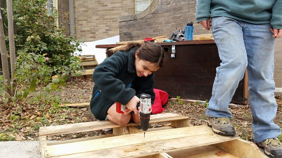Building A Wicking Bed for a Sustainable Garden